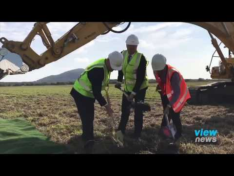 Sod turned on new Sunshine Coast Airport runway