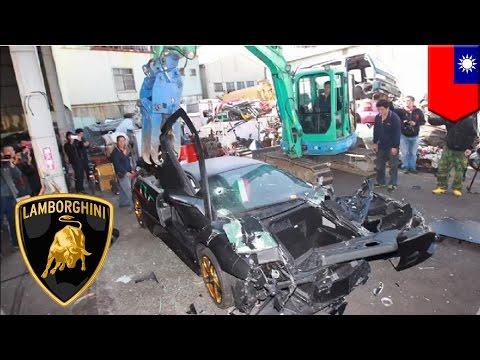 Lamborghini dihancurkan karena memiliki plat yang tidak sah - Tomonews