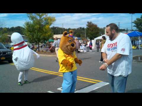 DNA Feed the Hungry charity event! Mascot dance off