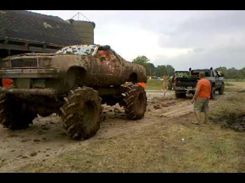 el camino mud truck vs dodge diesel 2 - YouTube