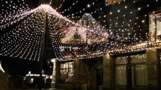 Illuminations de Noël à Rochefort-en-Terre, un des Plus Beaux Villages de France (Morbihan)