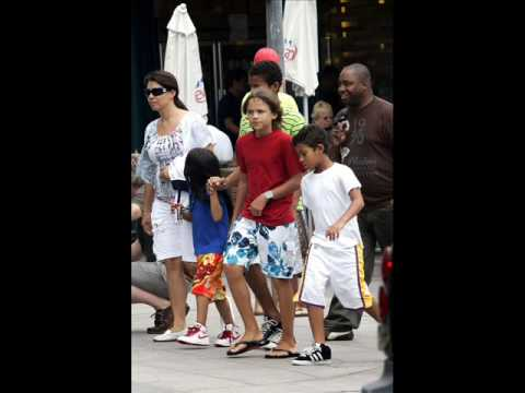 Brand New Images Of Michael Jackson With His Kids (EXCLUSIVE)