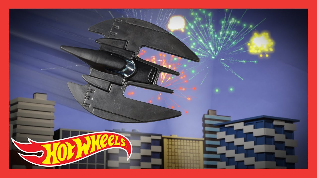 HOT WHEELS BATMAN™ in Bats and Books | @Hot Wheels