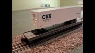 MTH Premier CSX Intermodal Flat Car w/40' Trailer