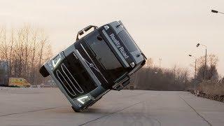 Volvo Trucks - Two wheel stunt