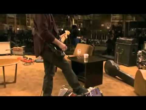 U2's The Edge soundchecks his guitar rig It Might Get Loud