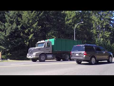 Driving In Parksville BC Canada - Tour Of Resort Town On Vancouver Island - Summer 2017