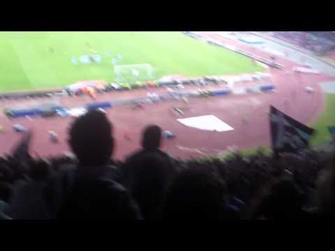 Chi non salta è juventino - Stadio S. Paolo Napoli