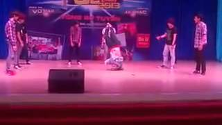 Thunder Dance Crew Beu Honda Showcase 2013(Vong So Tuyen)