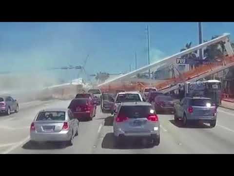El momento exacto en que cayó el puente peatonal en Miami (Video)