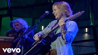 Watch Melissa Etheridge All We Can Really Do video