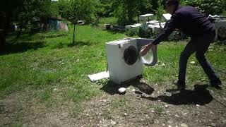 Что будет если перегрузить стиральную машину! Стиральная машина на выживание!