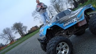 Traxxas T MAXX 3.3 engine & Hpi SAVAGE 4.6 Monster trucks live in a...