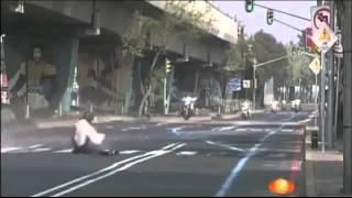 Полицейский vs Лежачий полицейский