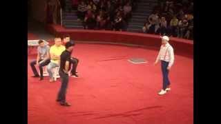 Клоун Дима цирк Никулина(зайдите на мой канал и посмотрите видео пожалуйста., 2013-05-05T14:47:53.000Z)
