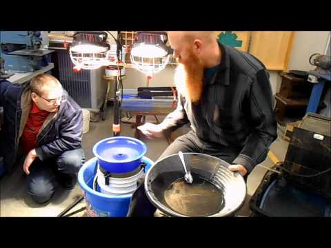 Gold Mining Course, How to use a Blue Bowl