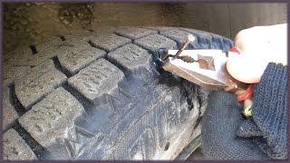 Как отремонтировать шины своими руками. Китайские жгуты резинки. Ремонт прокола.(В этом видео показано, как легко и дешево отремонтировать бескамерную покрышку самому в дорожных условиях...., 2016-11-27T00:59:51.000Z)