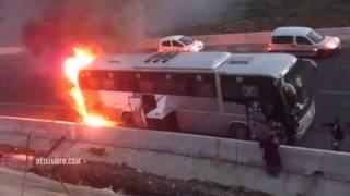 Un bus assurant la liaison Béjaïa - Alger prend feu sur l'autoroute