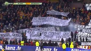 RC Lens : encore une défaite et un festival de banderoles hostiles aux joueurs