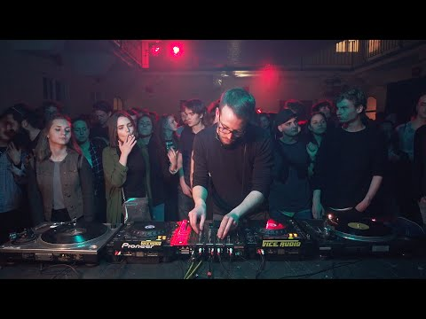 Mutuju Hollar Room DJ set