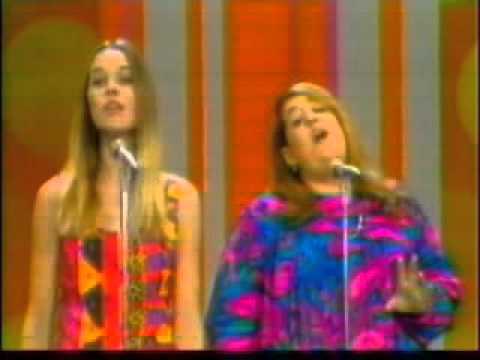 The Mamas and the Papas - Monday Monday  (1968)