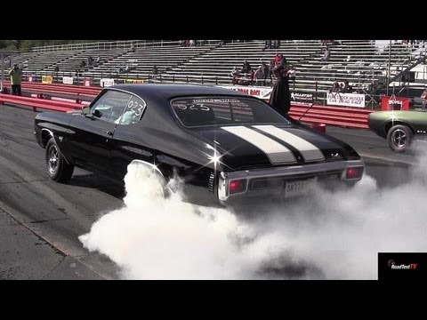 ram-air-iv-gto-vs-chevelle-ss-454-ls6---1/4-mile-drag-race-video-and-massive-burnout---road-test®