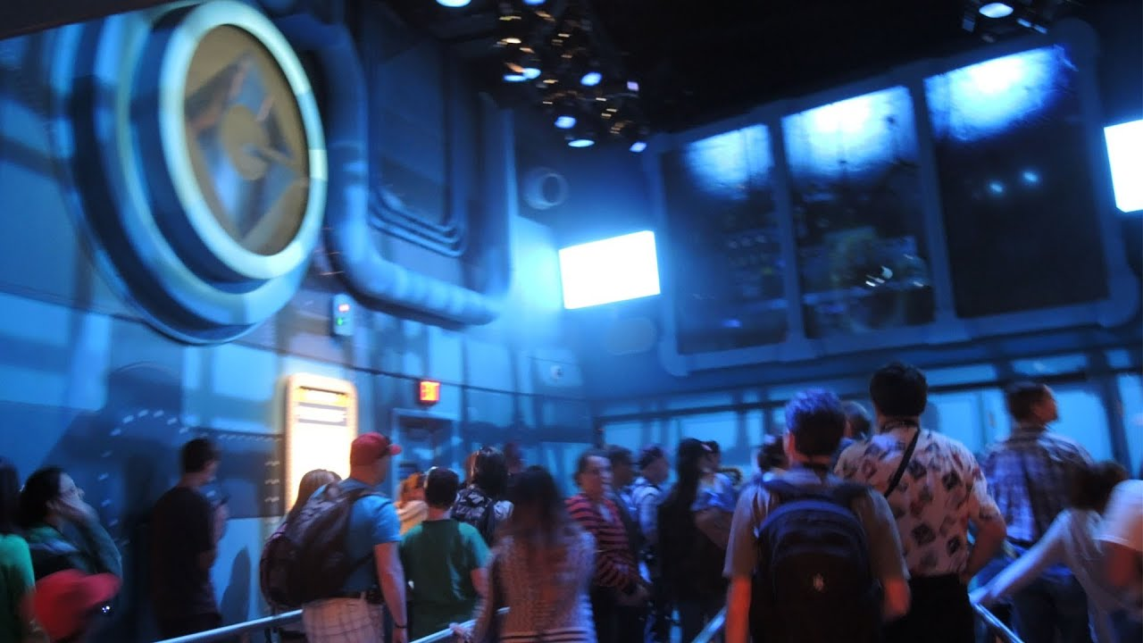 Despicable Me Minion Mayhem At Universal Studios Hollywood Queue