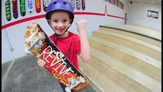 6 YEAR OLD SKATER Vs STAIR SET!