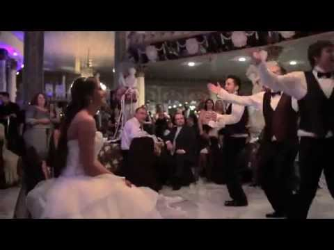 Groomsmen dance : Thats what makes you beautiful by One Direction