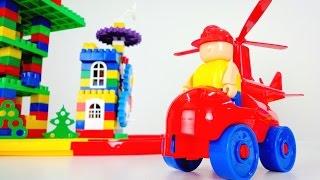 Видео для детей: собираем конструктор