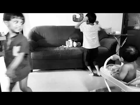 coldplay-arabesque-dance-ft-lya-priscy-rose-and-all-the-family-members-who-walk-by