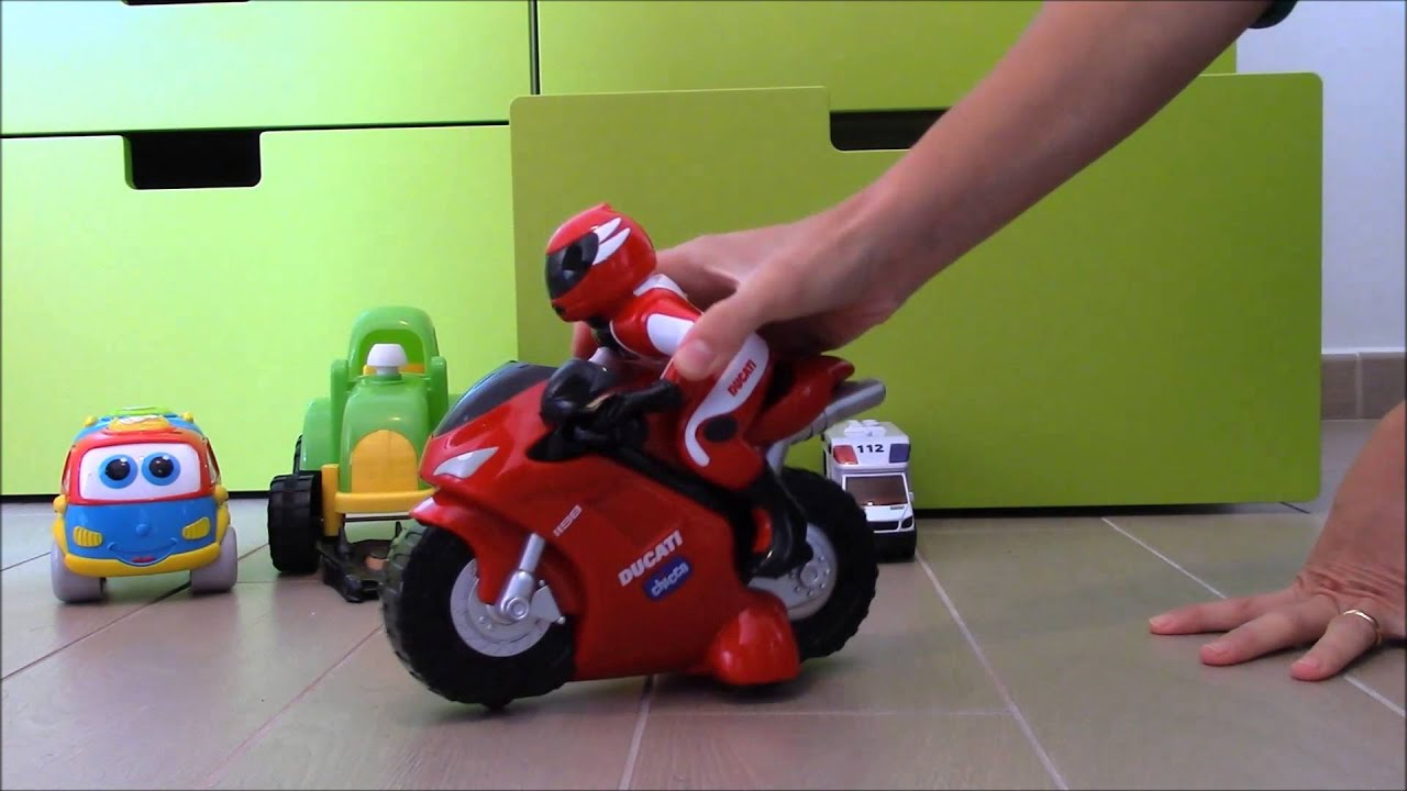 surprises r toys: ducati chicco 1198 rc, mickey mouse camper