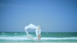 Watch Iamamiwhoami Blue Blue video