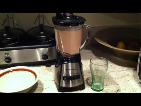 How To Make Organic Fruit Smoothies Under 1 Minute