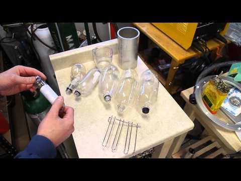Blow molding plastic water bottles