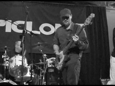 LONDON MUSIC CLUB  ZOPICLONE BAND  2009  LONDON ONTARIO PART 1