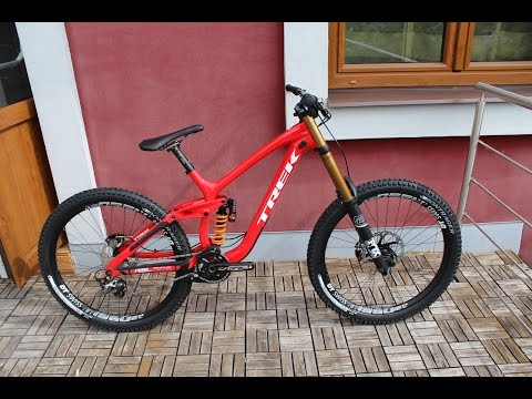 TREK SESSION 9.9 DH 27.5 RACE SHOP LIMITED 2017