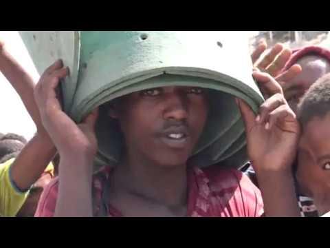 شاهد .. انتشار كبير للأفارقة في عدن وتخوف كبير للأهالي _ يافع نيوز