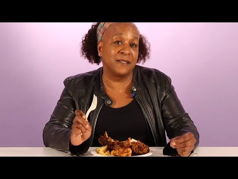 Black Moms Try Other Moms Fried Chicken