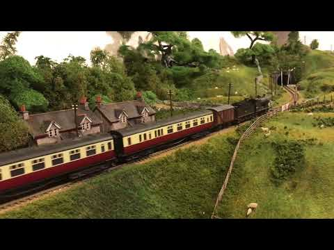 modelling-a-textile-mill-and-running-in-the-extension---yorkshire-dales-model-railway