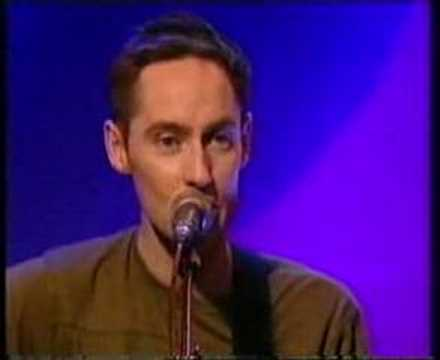 Roddy Frame (of Aztec Camera) -- Oblivious (Acoustic) - YouTube