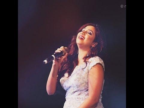 Tere Bina live by Shreya Ghoshal..