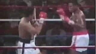 Larry Holmes vs Muhammad Ali   Boxing Memories