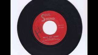 U-Roy & Delroy Wilson - Never Get Away + Version