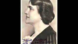 Myra Hess plays Beethoven Sonata No. 30 in E major Op. 109 (1/2)