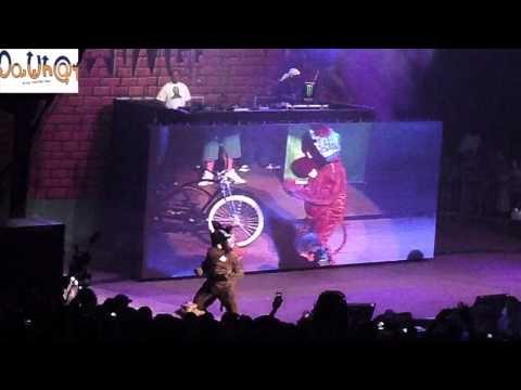 Snoop Dogg - G Funk Intro + Gin & Juice Live at Rock the Bells San Francisco 8/22