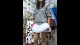 2013.4.21 ムトウ楽器さんインストアライブ!にて ANNA☆Sの小池優奈ちゃ...
