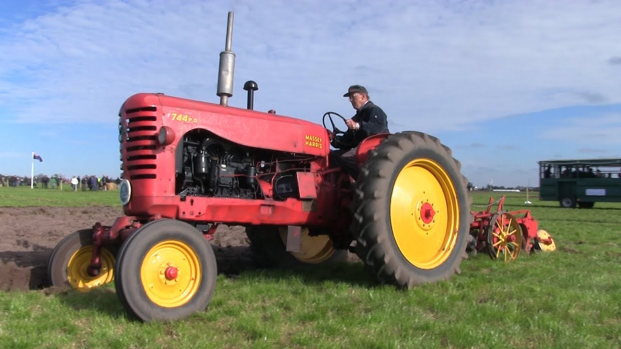 Massey Harris 744 : Massey harris p d ploughing wpc denmark youtube