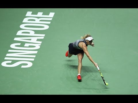 2017 WTA Finals Semifinals | Caroline Wozniacki vs Karolina Pliskova | WTA Highlights