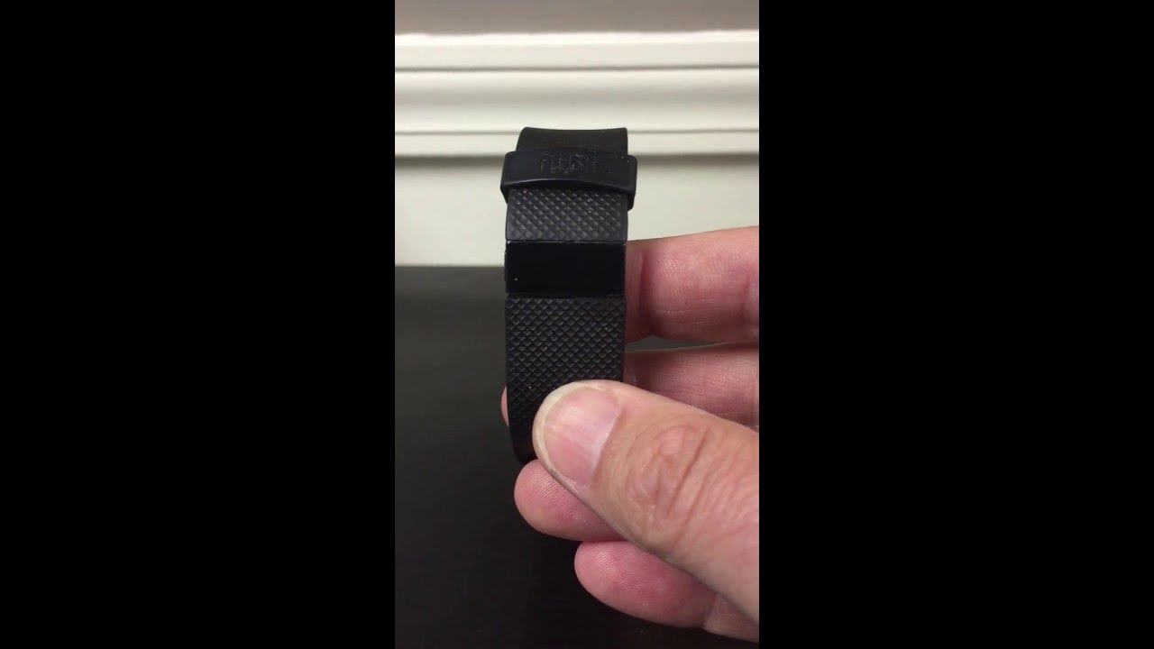 Fitbit charge hr problem battery issue and solution to stuck fitbit charge hr problem battery issue and solution to stuck locked and non responsive mode youtube sciox Image collections